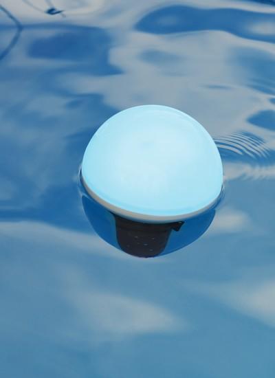 ofi light objet connecté lumineux analyseur de piscine